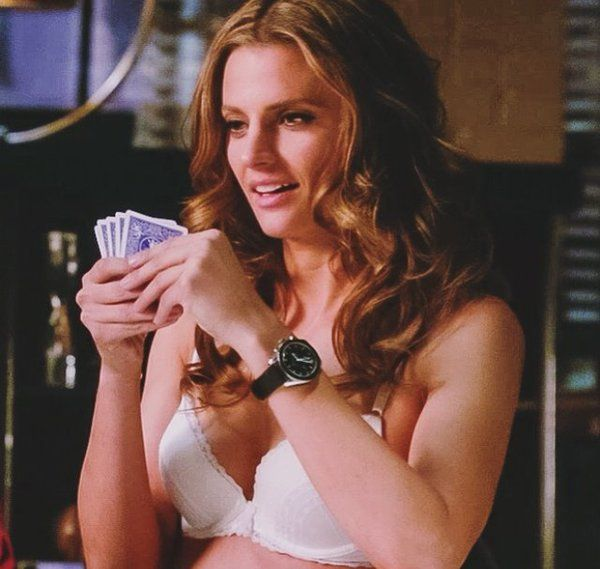 Season 6, Episode 21 'Law and Boarder' Castle and Beckett play strip poker.
