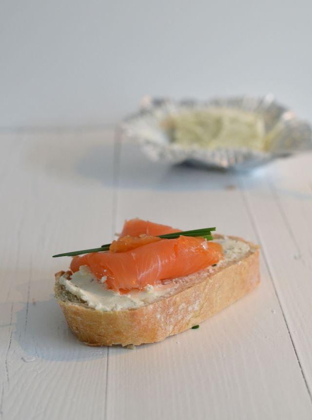 tartine voor de paasbrunch - Easter sandwich with salmon #easter #brunch