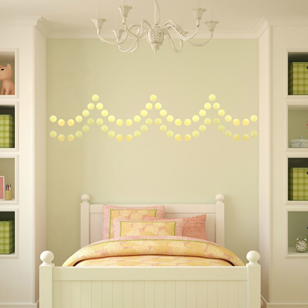 gold confetti wall decals - fun decoration for a little girls room ...
