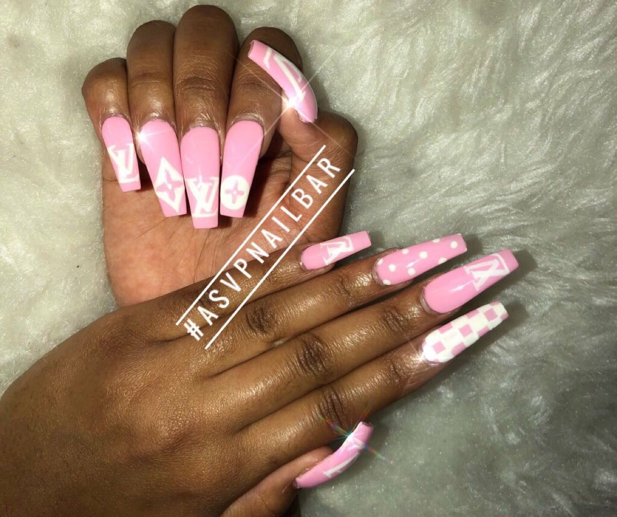 Xoxo Use My Uber Code Daijaha1 To Get 15 Off Your First Ride Stylish Nails Art Shiny Nails Designs Nail Designs The realreal is the world's #1 luxury consignment online store.