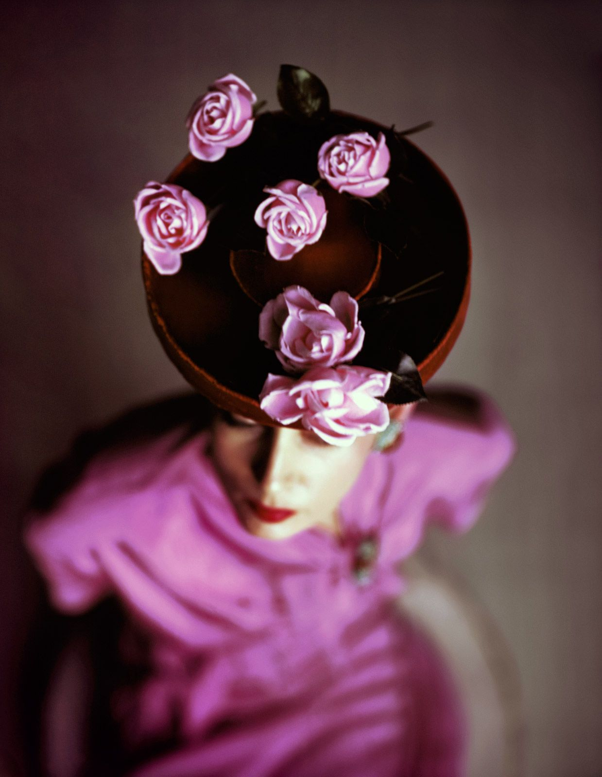 John Rawlings, VOGUE Archive Collection, Roses, 1948 / 2015 © www.lumas.com #lumas