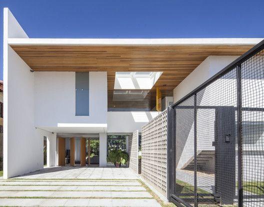 Linhares Dias House,© Joana França