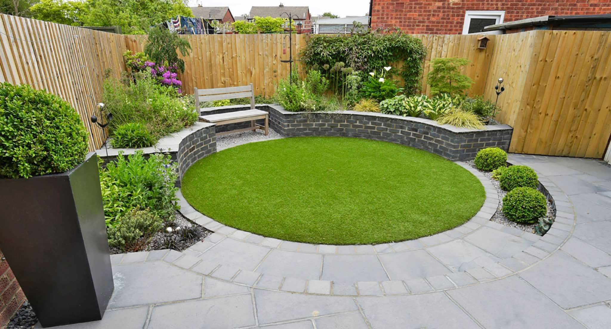 Clares Gardens, garden design Ormskirk - gallery in 9