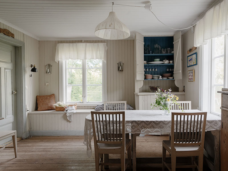 Wonderful Swedish Country Cottage With Soulful Interiors Where The Time Has Stopped Country Cottage Interiors Scandinavian Cottage Swedish Cottage