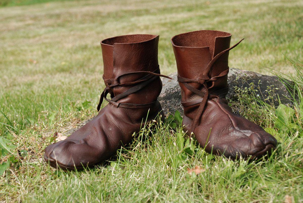 f581910031cda Viking shoes: Hedeby 10th c. by Nimpsu on deviantart -