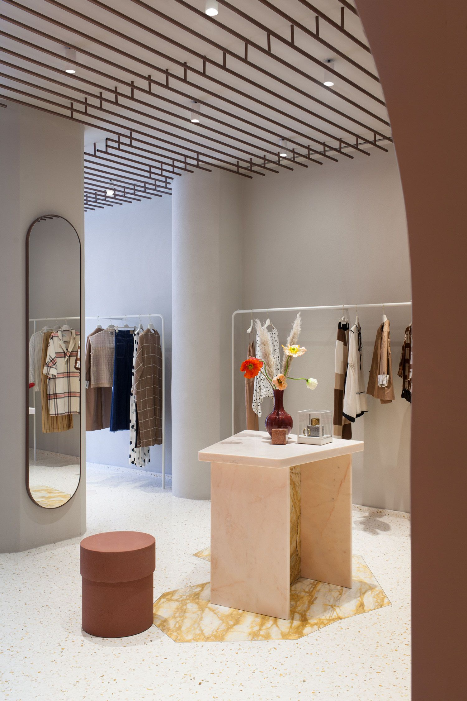 Alysi Fashion Store in Milan by Studiopepe Flooring