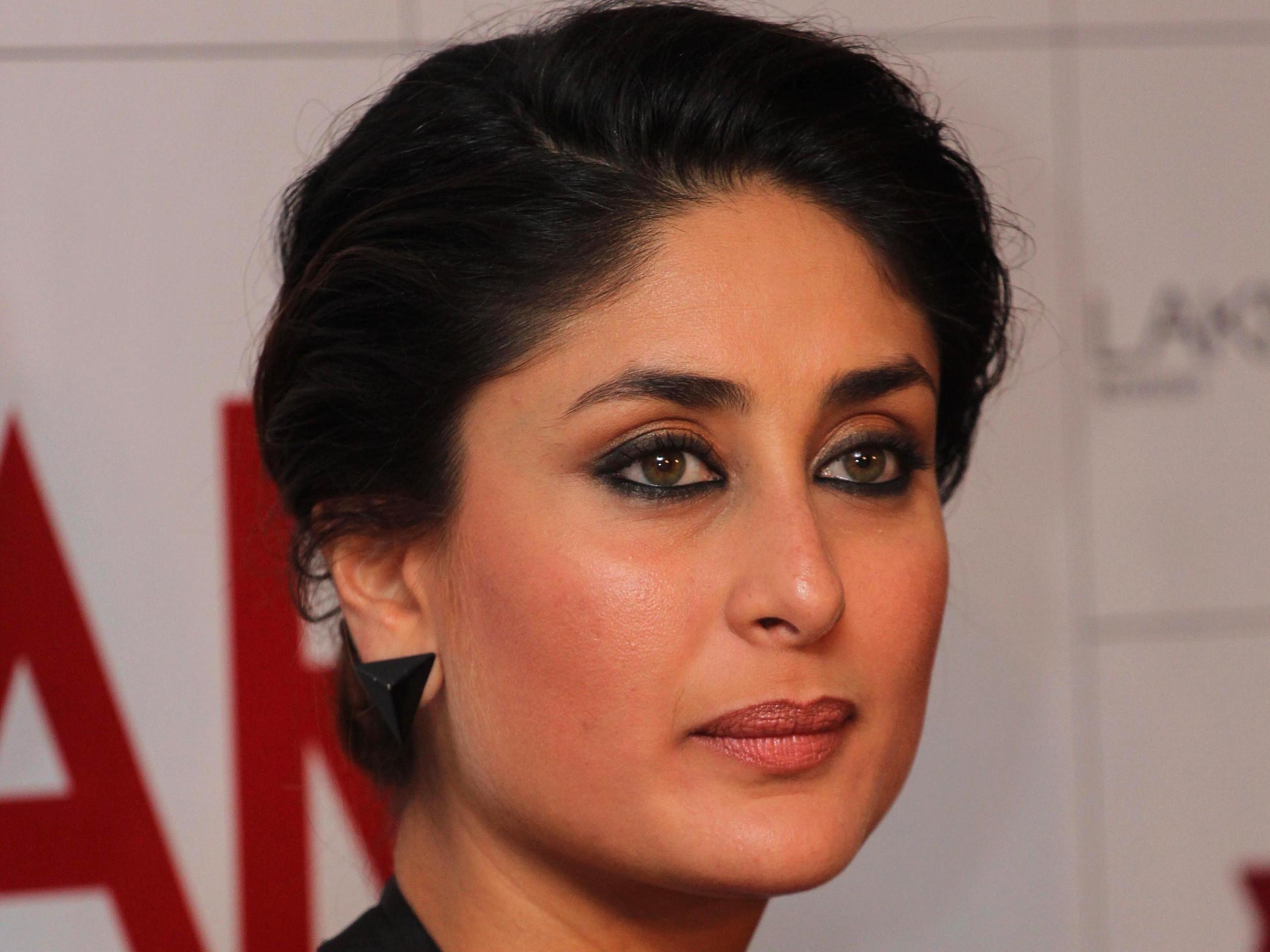 KareenaKapoor have #AttractiveEyes.  Attractive eyes, Beauty