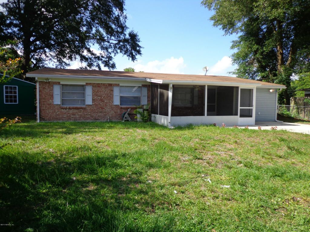 7371 Wending Ct South, Jacksonville FL 32244 - Photo 2