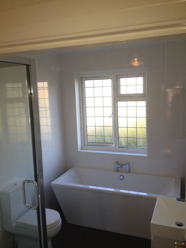 Bathroom With Bathtub Underneath Window Make Your Home Design Dreams Come True Read Reviews Of 1000s Of Trusted Tr House Design Tradesman Homeowner