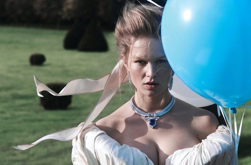 Photo of Anna Ewers Dazzles in Regal Fashion for Vogue Paris