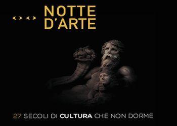 Notte d'arte con strit food a Napoli