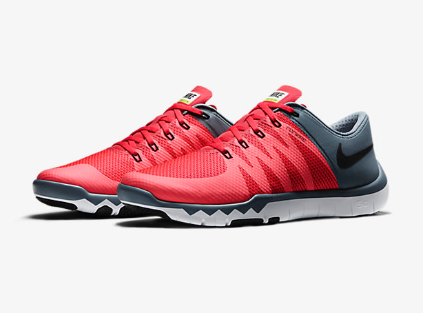 Nike Free Trainer 5.0 V6 in Daring Red Blue Graphite