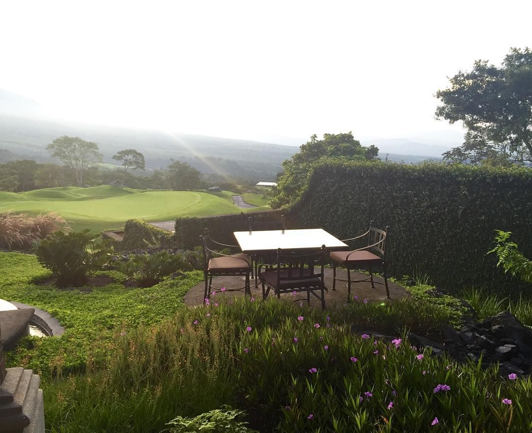 Un lugar mágico para vivir días llenos de encanto.  www.lareunion.com.gt #Guatemala #Hotel #Destinos #Paisajes #natural #LaReuniónGolfResort #LaReunion #laantiguaguatemala #AntiguaGuatemala #centralamerica #volcanes by lareuniongt