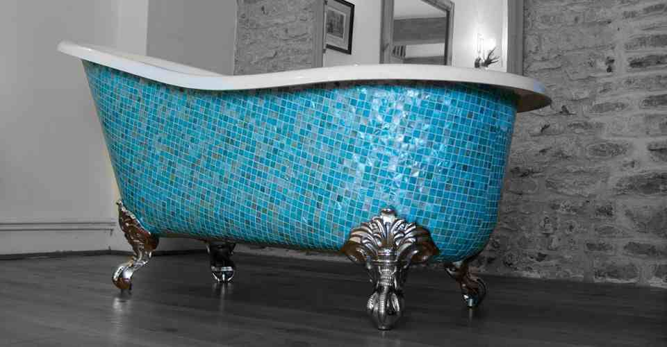 Beautiful mosaic tile clawfoot tub - The Elegance and Charm of the ...