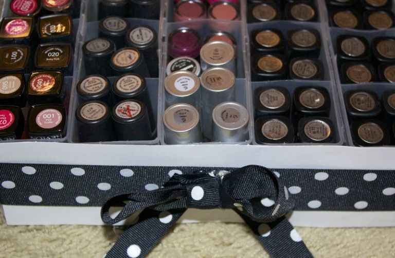 Diy do it yourself lipstick holder super inexpensive easy and diy do it yourself lipstick holder super inexpensive easy and fun solutioingenieria Gallery