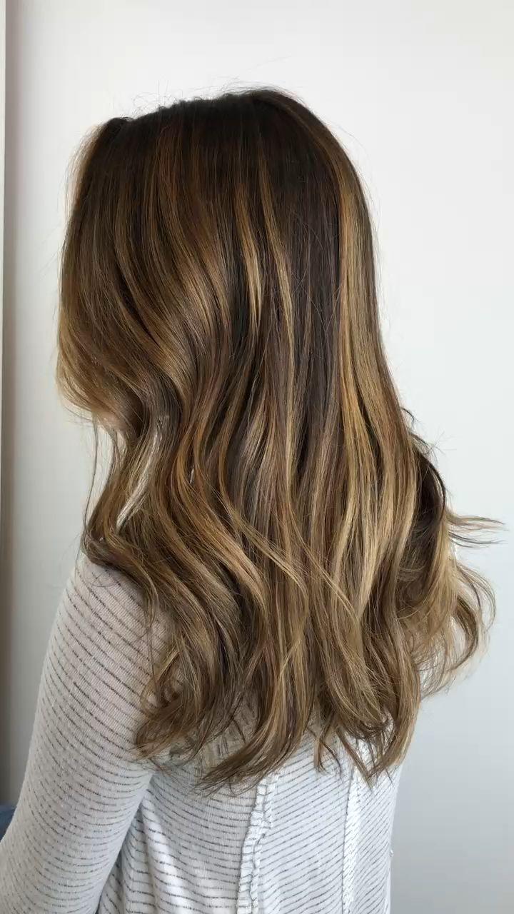 Photo of Colore dei capelli caramello