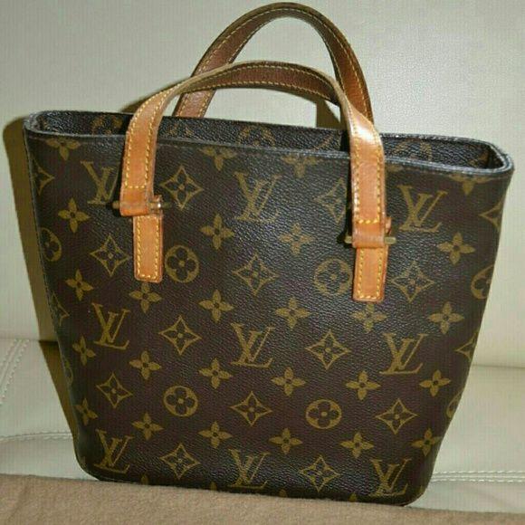 4b5e4e3e52b5 Negotiable    Authentic Louis Vuitton Vavin PM Pre-loved...Price ...