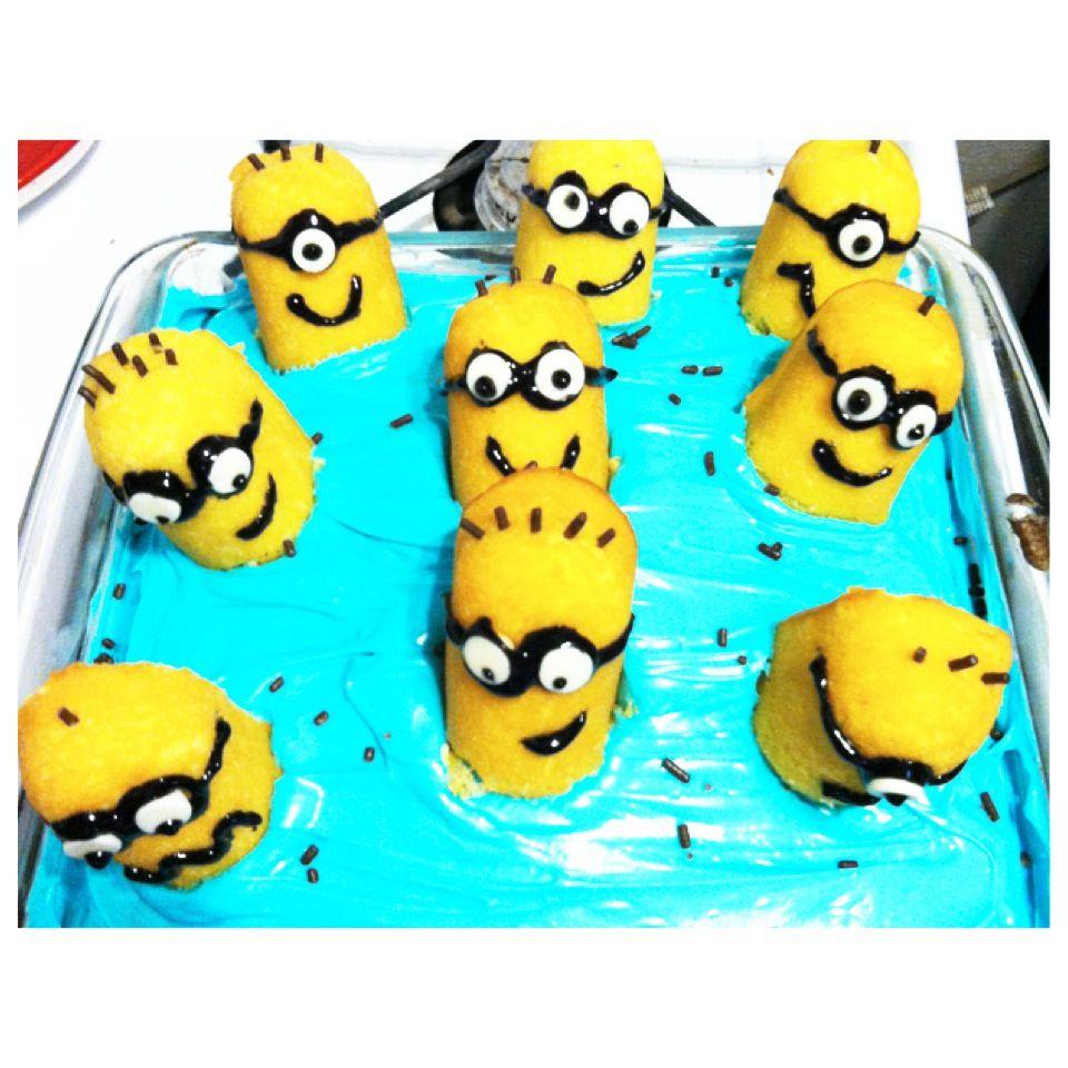 Stupendous Diy Minion Twinkie Cake With Images Minion Birthday Birthday Cards Printable Benkemecafe Filternl