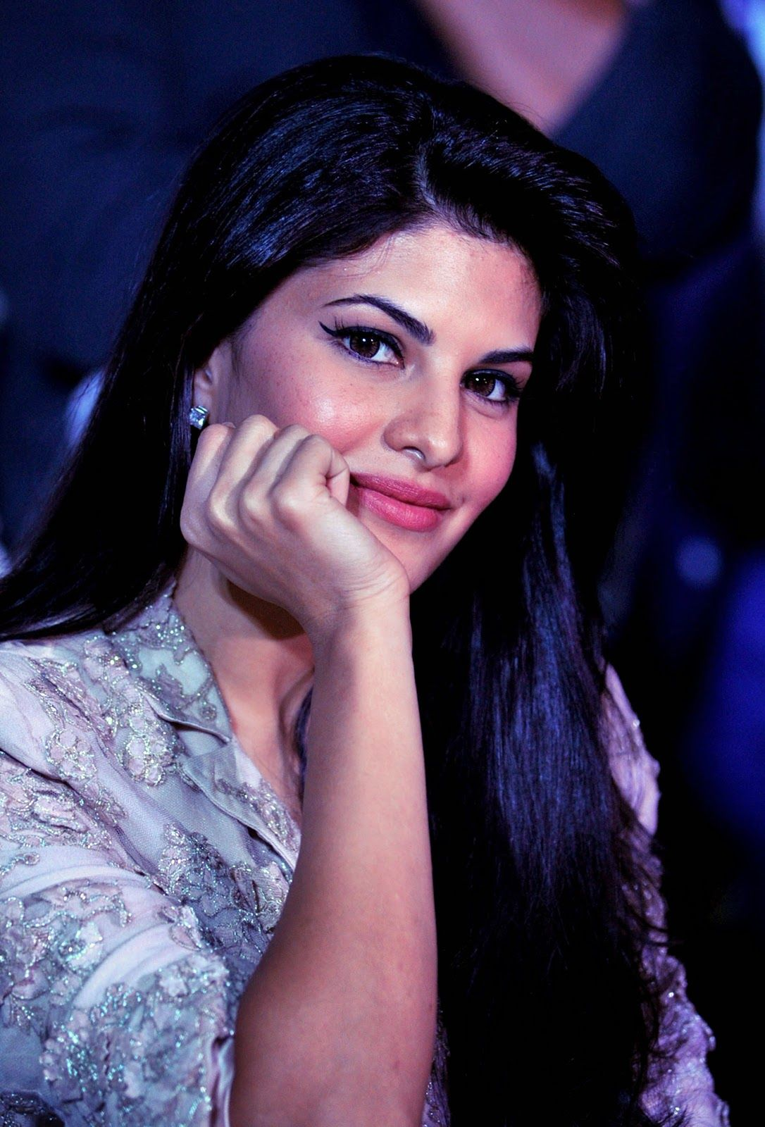 Jacqueline Fernandez Hd Pictures Wallpapers Of Jacqueline