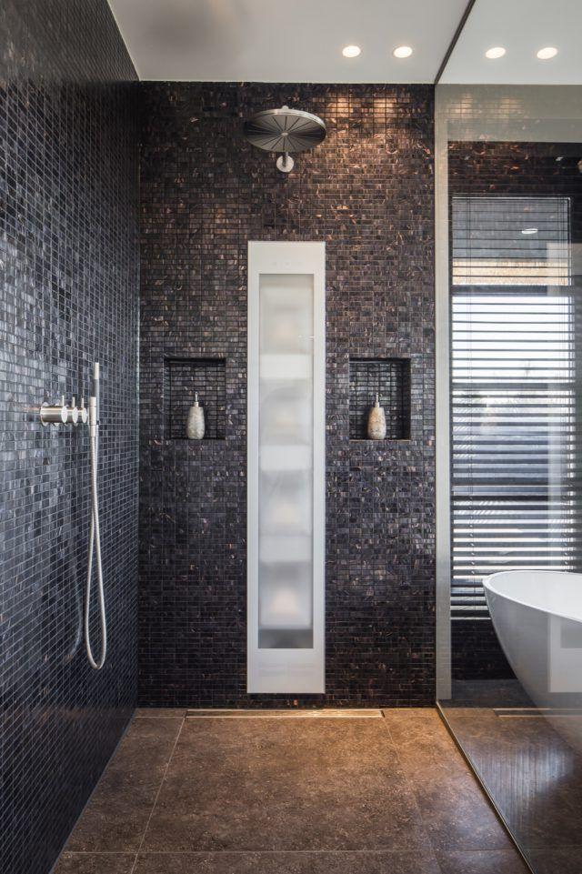 Luxe badkamer met douche | badkamer ideeën | design badkamers ...
