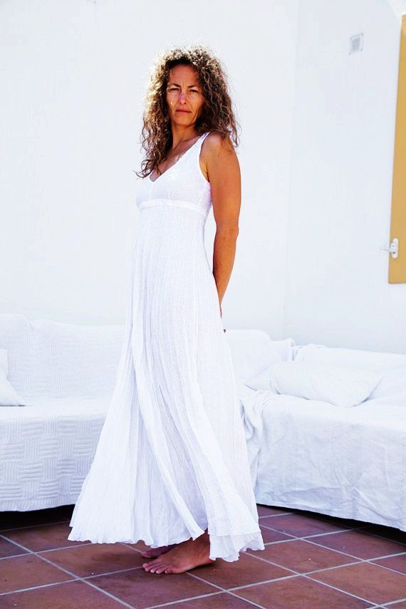 images of white linen wedding dresses on beach | Pure White Long ...