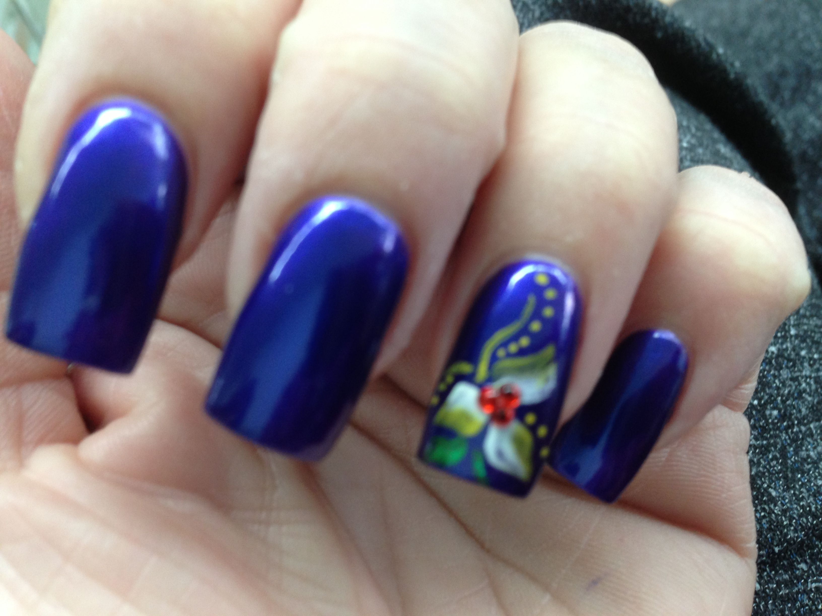 Simple flower nails pinterest simple flowers