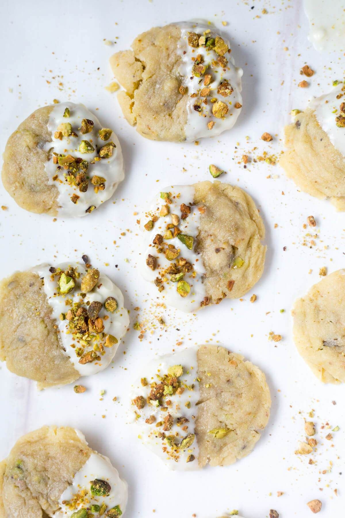 These white chocolate pistachio cookies are such a festive Christmas ...