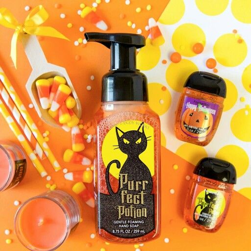 Bath And Body Works Halloween Stuff With Images Bath And Body