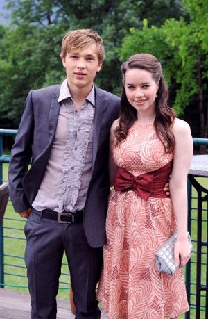 William Moseley And Anna Popplewell The Chronicles Of Narnia The