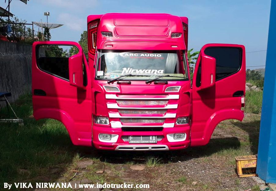 Truk Modif Canter Ala Scania Next Generation By Nirwana Custom Truck