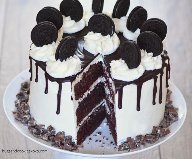 Triple Layer Oreo Cake Recipe In 2020 Oreo Cake Cake Sour Cream Frosting