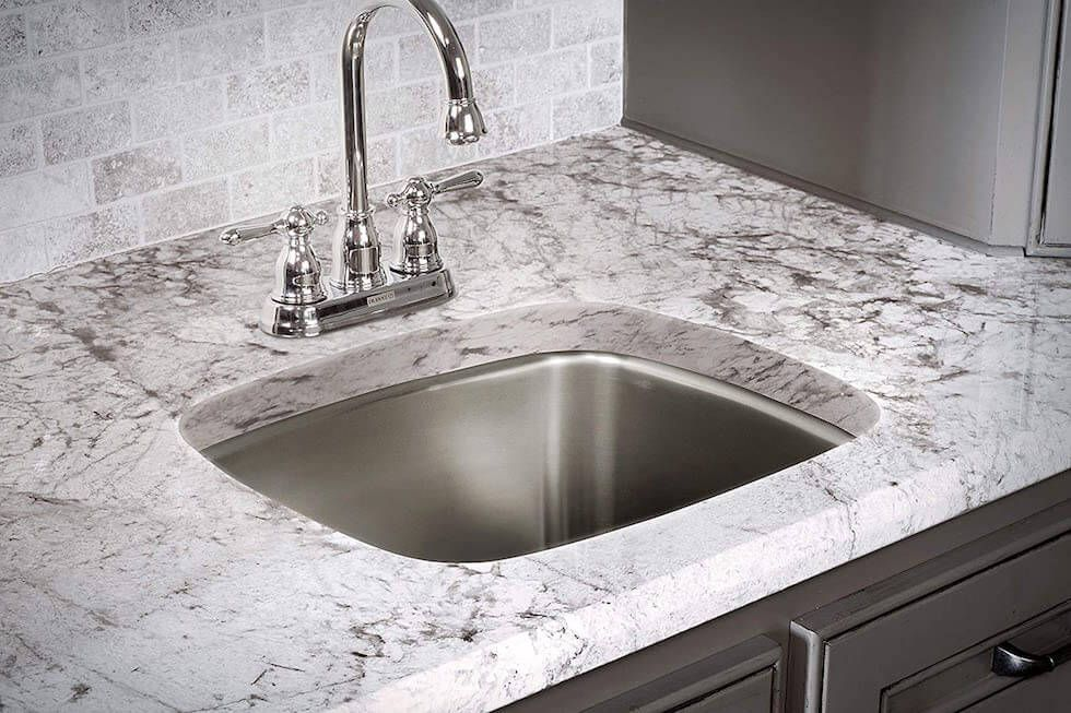 Great Livings Experts Reviewed Franke Usa Sl103bx Stainless Steel Kitchen Sink Read On To Find Out All Of Its Features Pros And Cons