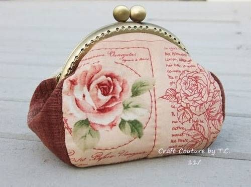 Vintage Rose Frame Purse Free Sewing Pattern Coin