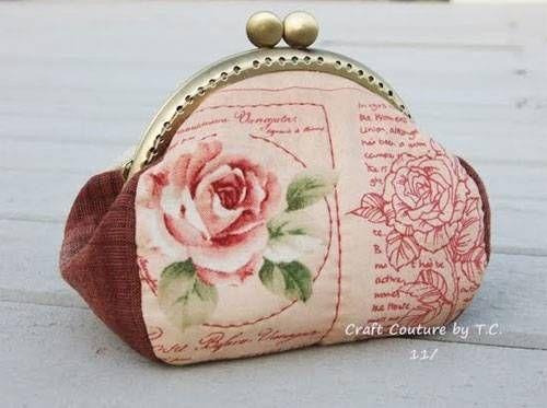 Free Purse Pattern and Tutorial - Vintage Rose Frame Purse | Nähen