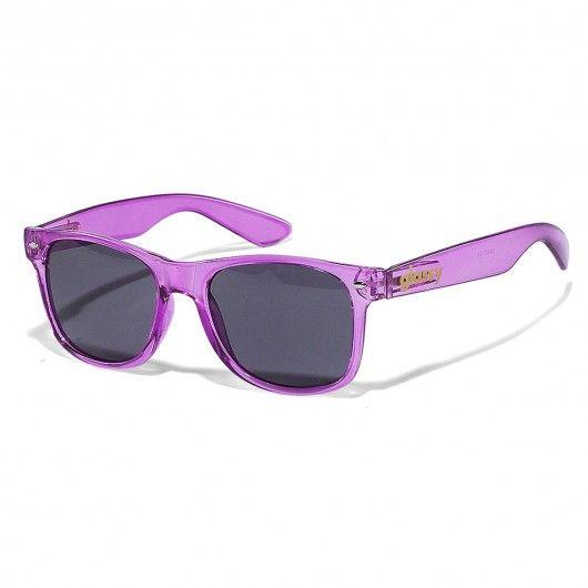 Glassy Nü Clear lunettes de soleil pink skate sunglasses 25€ #glassy #glassysunglasses #glassysunhaters #sunglasses #sunhaters #eyewear #lunettedesoleil #lunettesdesoleil #frogskins #frogskin #wayfarer #oakley #rayban #fashion #hype #swag #fun #nice #lifestyle #streetwear #skatewear #skate #skateboard #skateboarding #streetshop #skateshop @playskateshop