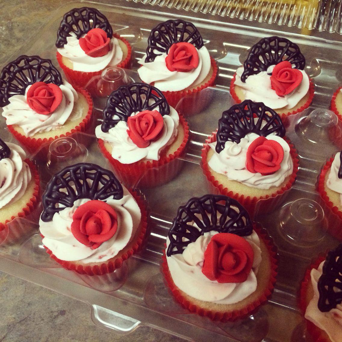 Flamenco cupcakes   Gâteaux et desserts, Deco gateau, Deco espagnole