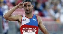 Luguelín Santos Clasifica A La Final Con Un Récord De 44.26