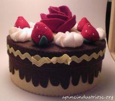 caja de pannolenci pastel - caja de pastel de fieltro