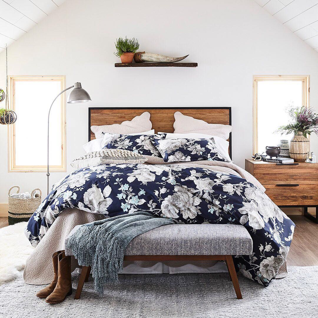 Can we just stay in bed all day? This rusticromantic