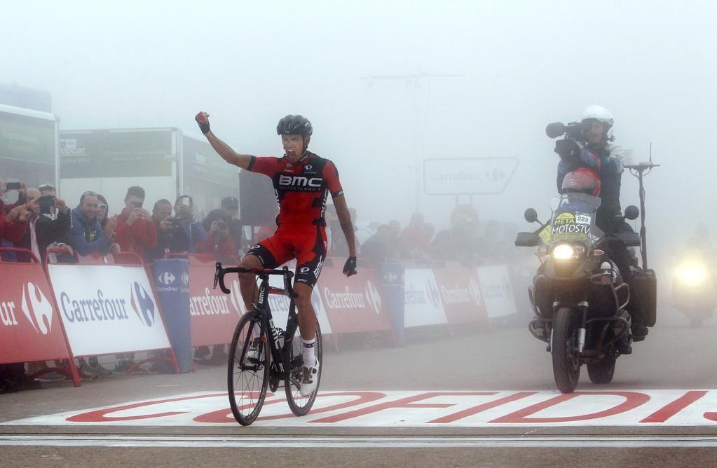 """Stefano Veneziano on Twitter: """"#Vuelta Nella nebbia la spunta #DeMarchi. Grande vittoria del """"Rosso di Buja"""" dopo una stagione travagliata #LV2015 http://t.co/2aVZqG0CjK"""""""