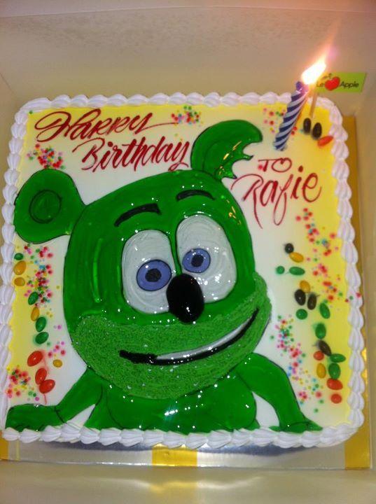 Diy Gummibar Birthday Cake Bear Birthday Party Birthday Bear