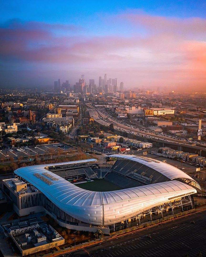 Los Angeles Travel Community On Instagram Constantly Elevate Your Game Photo By Ryanpramos Los Angeles Travel Los Angeles Los Angeles Football Club