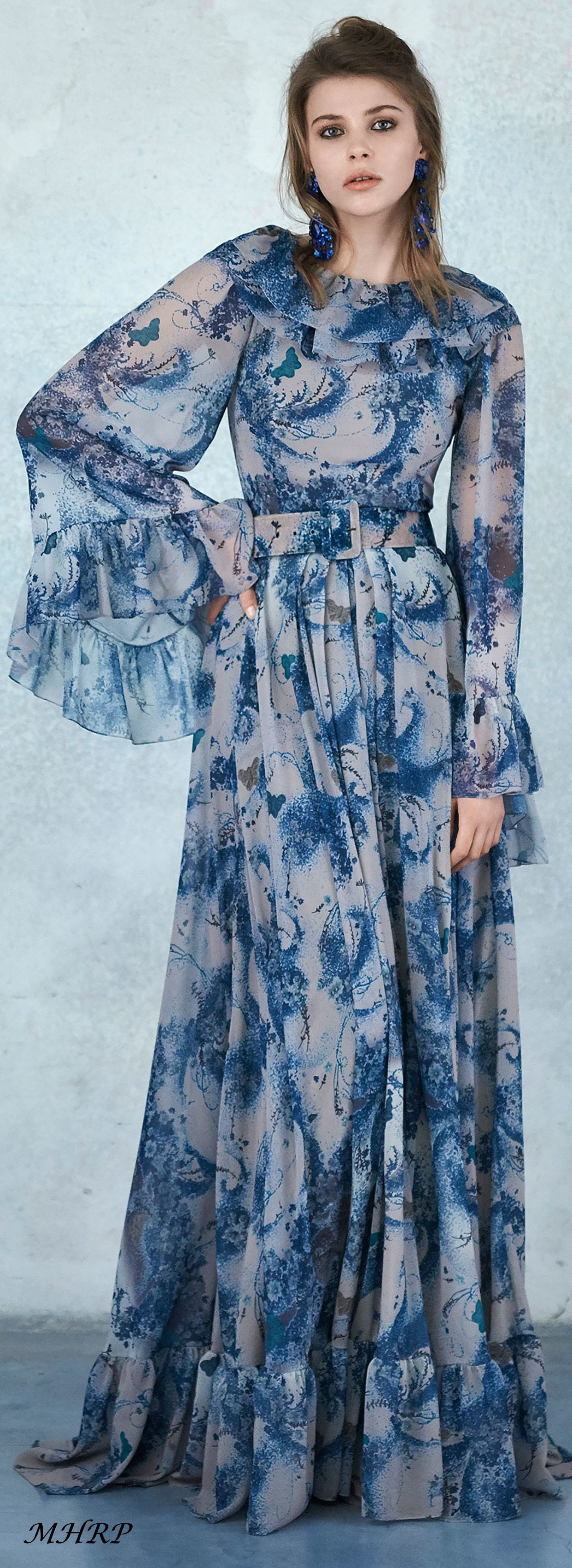Luisabeccariaprefallpinned from vogue runway dresses n