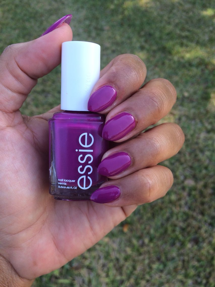 Short pointy nails. Essie nail color - Flowerista. Perfect for ...
