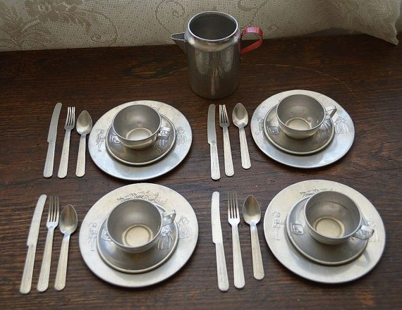 Vintage Aluminum Cinderella Childrens Tea Set By Maandpasattic Childrens Tea Sets Kids Tea Set Tea Set