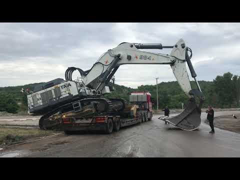 Transporting The 125 Tones Liebherr 984 By Side YouTube