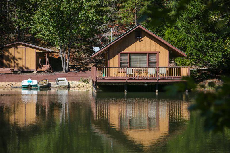 luxury houseboat rentals georgia