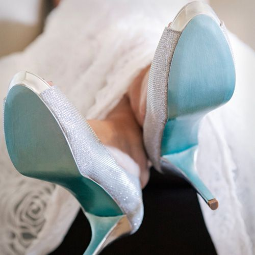 8 brilliant diy wedding dcor ideas blue wedding shoes diy something blue wedding shoes you can make yourself plus 7 more diy wedding solutioingenieria Choice Image