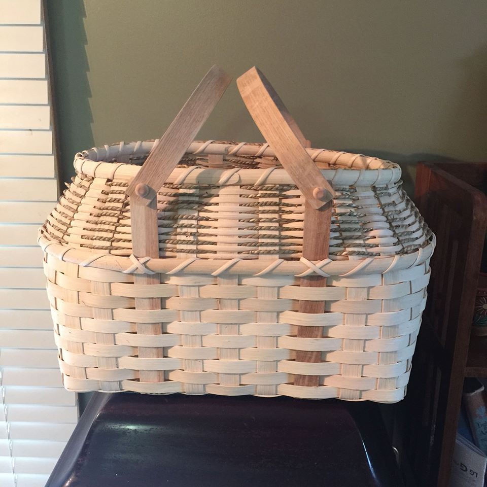 Woven Reed And Seagrass Basket 12 Quot H X 16 Quot L X 10 W