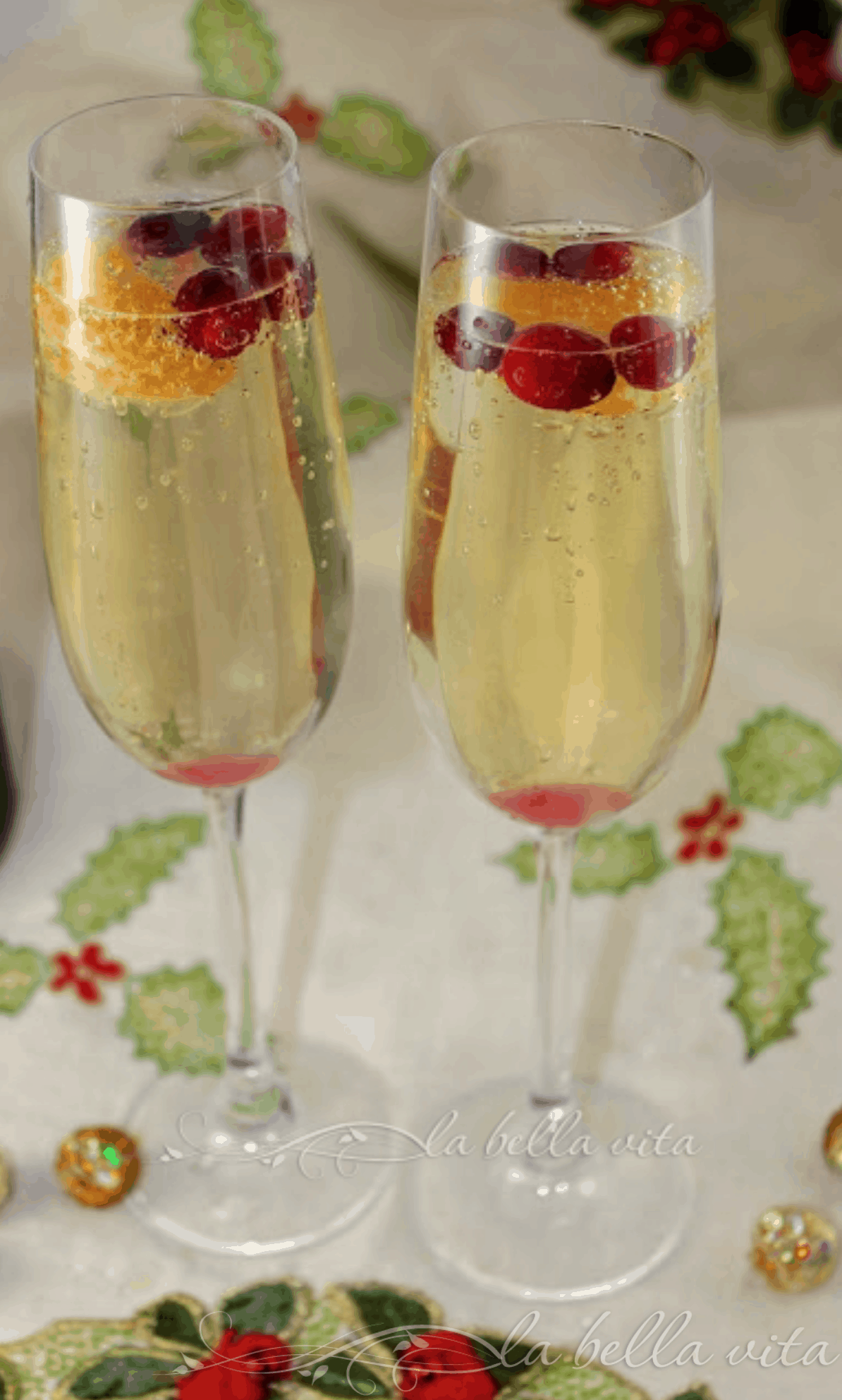 Cranberry, Clementine and Prosecco Cocktails | Recipe in 2020